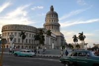 El Capitolio, nagemaakt van het Amerikaanse Capitool, in het hart van het centrum.
