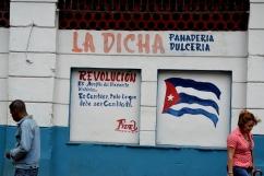 """Vrij vertaald, """"Revolutie wordt gevoeld in het historische moment, het is alles veranderen wat veranderd moet worden"""""""