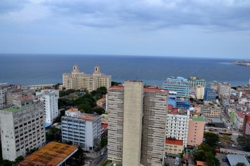 Uitzicht vanaf een leegstaande verdieping in hotel Habana Libre