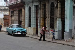 Straatbeeld van Centro Havana.